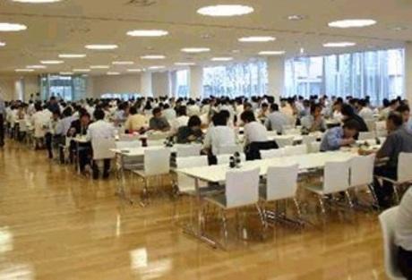 ホンダ施設内の社員食堂にて、社員のみなさんに栄養満点でおいしい食事を提供してくれる方を募集します。